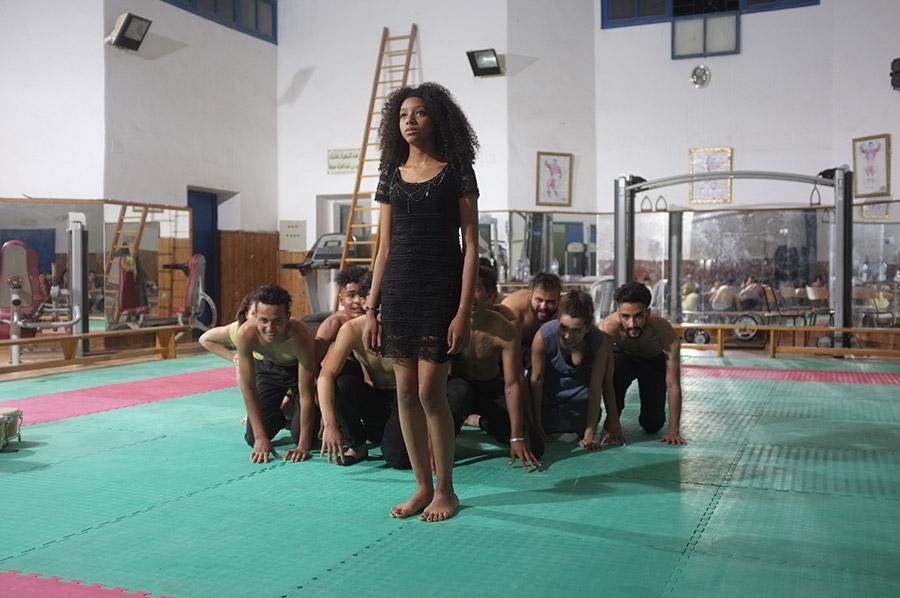 Les danseurs tunisiens nous présentent leur dernière création : «Le noir est une valeur».